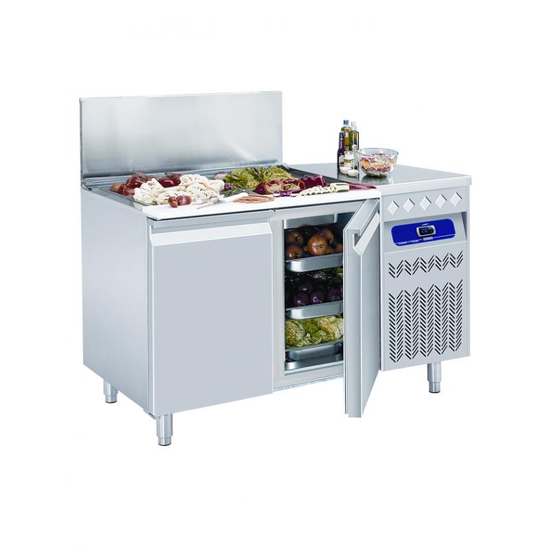 Table frigorifique ventilée avec saladette réfrigérée GN