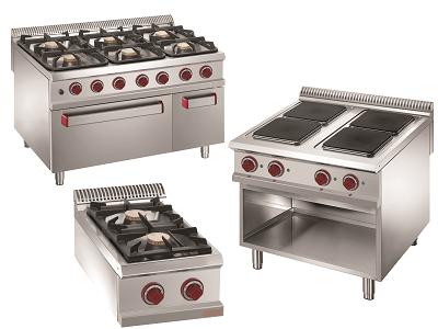 Fourneau cuisine professionnel électrique ou gaz