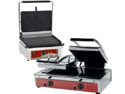 Grill panini professionnel ou grill contact électrique pro